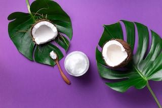 Come utilizzare l'olio di cocco nella beauty routine per viso e corpo