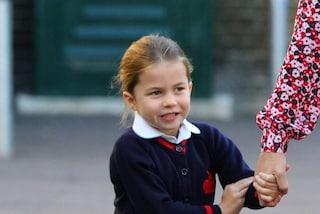 La principessa Charlotte non tornerà a scuola in estate: è a causa del fratello George