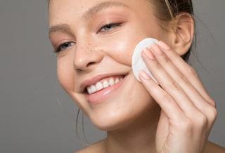 Struccanti: i migliori per togliere il makeup e le differenze