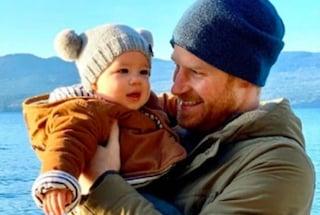 Archie diventerà Duca del Sussex, erediterà il titolo reale da papà Harry