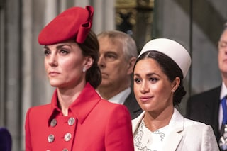 "Meghan Markle delusa dalla Royal Family: è sempre stata ""discriminata"" rispetto a Kate Middleton"