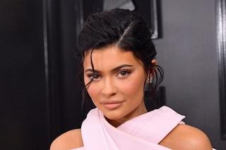 Kylie Jenner non è miliardaria: avrebbe dato informazioni false sul suo patrimonio