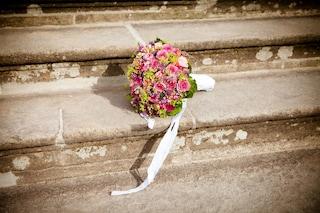 Matrimonio annullato? Se il futuro sposo scappa senza motivazioni, deve rimborsare l'abito da sposa
