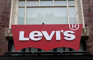 Levi's vittima della pandemia: dopo il lockdown licenza 700 dipendenti
