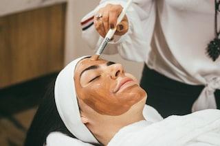 Maschera viso magnetica: l'ultima tendenza skincare