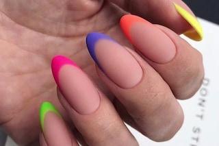 Unghie fluo: i colori da provare per la manicure dell'estate 2020