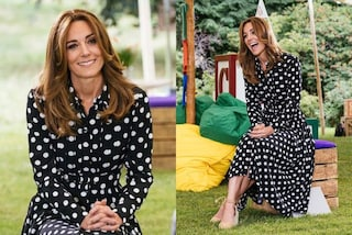 Kate Middleton osa con i pois: il look con chemisier ed espadrillas è perfetto per l'estate