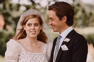 """Beatrice di York principessa """"alternativa"""": dopo il matrimonio anche la luna di miele è low-cost"""