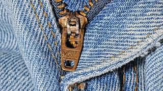 La scritta sulle zip: a cosa serve la sigla incisa sulle cerniere