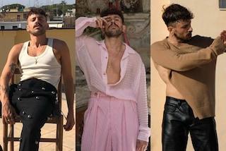 Aiello, il cantautore dallo stile eclettico: sfida gli stereotipi tra completi rosa e zeppe