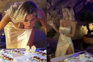 Diletta Leotta in oro per il compleanno: festeggia i 29 anni con il maxi spacco
