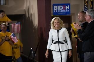 Insegnante, resiliente, per metà italiana: chi è Jill Biden, la possibile nuova First Lady Usa