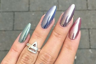 Manicure cromata, la nail art di tendenza per l'autunno 2020