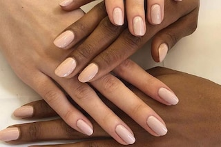 Neutral nails: la manicure minimal per l'autunno 2020