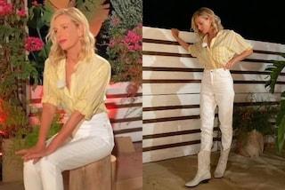 Alessia Marcuzzi a Temptation Island, per la seconda puntata indossa pantaloni e camperos