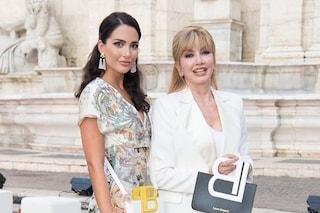 Angelica Donati, la bellissima figlia di Milly Carlucci che accompagna la mamma alle sfilate