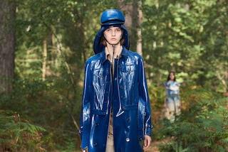 Burberry sfila nei boschi londinesi: l'omaggio alla natura diventa un simbolo di rinascita