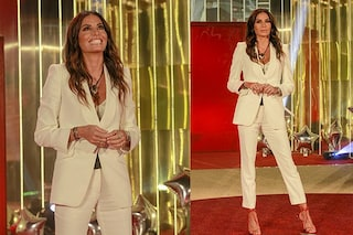 GF Vip 2020, seconda puntata: l'arrivo in bianco di Elisabetta Gregoraci e i look delle concorrenti
