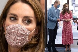 Kate Middleton, il ritorno al lavoro è floreale: abbina l'abito riciclato alla mascherina
