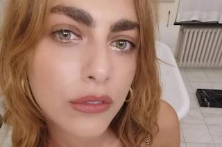 Miriam Leone cambia look: addio rosso, ora ha i capelli sui toni del biondo dorato