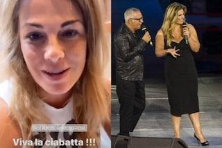 Seat Music Awards 2020: Vanessa Incontrada sul palco sceglie il nero (e le pantofole in camerino)