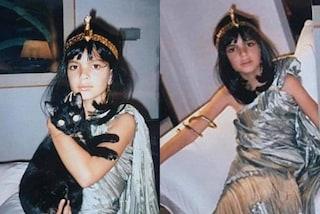 Emily Ratajkowski da piccola in versione Cleopatra: tutti i costumi di Halloween della modella