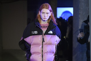 The North Face e MM6 Maison Margiela: la collezione speciale di piumini e pile per l'inverno 2021