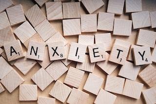 Come gestire l'ansia da Coronavirus: i 5 consigli della psicologa