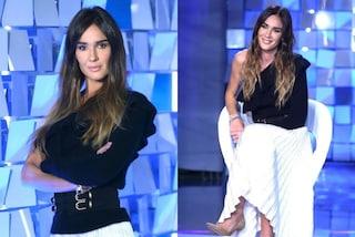 Silvia Toffanin a Verissimo, la sesta puntata è in bianco e nero e con la gonna plissettata