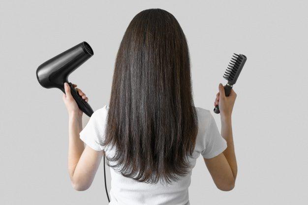 il phon troppo vicino fa male ai capelli