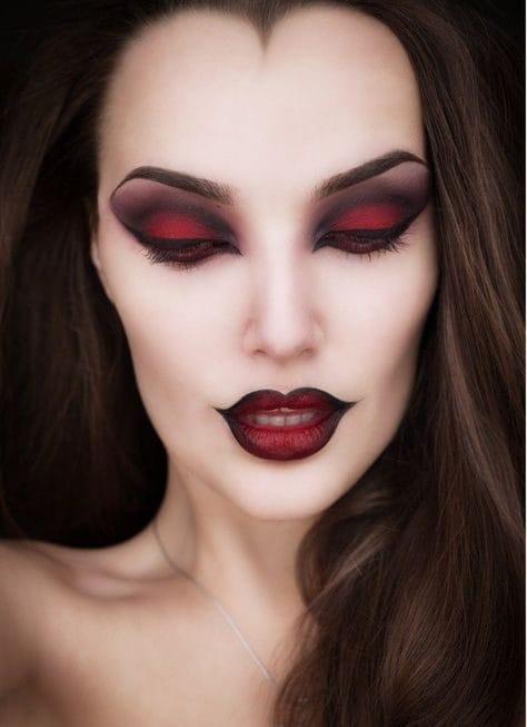 Make up strega