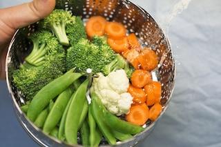 Come riutilizzare l'acqua di cottura delle verdure: dalla cucina agli usi alternativi