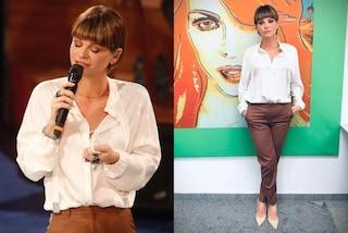 Alessandra Amoroso torna ad Amici: il look chic con pantaloni e camicia vale quasi 2mila euro