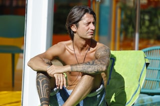 Francesco Oppini, il significato dei tatuaggi del figlio di Alba Parietti