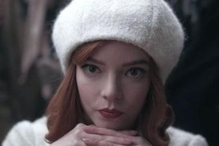 Regina degli scacchi ma anche di stile: i look più belli sfoggiati da Beth Harmon nella serie tv