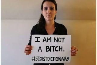 """Un'italiana contro il sessismo del dizionario inglese: fa eliminare """"cagna"""" come sinonimo di donna"""