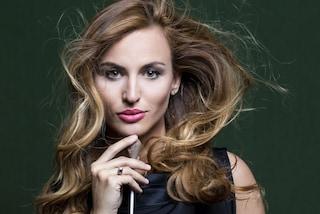 Beatrice Venezi: «Quando si pensa a un capo non si pensa a una donna, è un problema culturale»