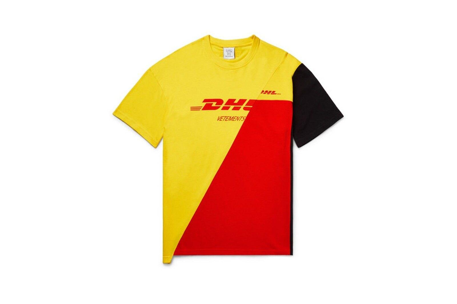 Una T–shirt della collezione DHL by Vetements