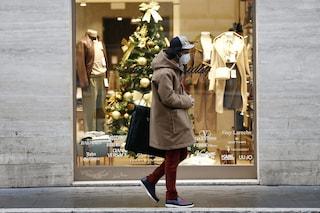 """Il Covid cambia gli acquisti di Natale: """"Non tutti i negozi permetteranno i cambi"""""""
