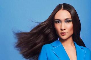 Lo shampoo blu è il migliore alleato per capelli castani: a cosa serve e perché utilizzarlo