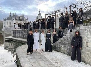 Chanel Metiers d'Art 20-21: la sfilata da sogno in un castello in Francia