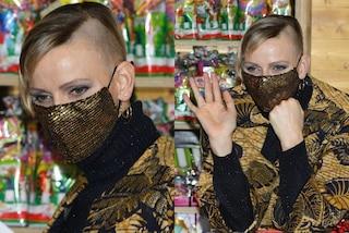 Charlene di Monaco con i capelli rasati (a metà): il nuovo look è più rock che mai