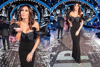 GF Vip 2020, Elisabetta Gregoraci pronta per Capodanno: l'abito nero col fiocco costa quasi 700 euro