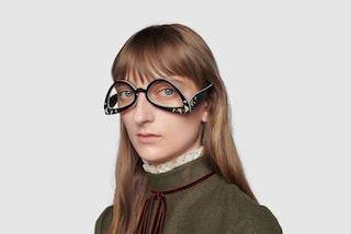 Gucci lancia gli occhiali al contrario: è polemica sui social (anche per il prezzo)