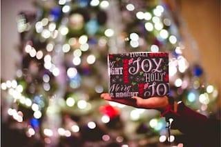 Regali di Natale per viaggiatori: 25+ idee originali e utili