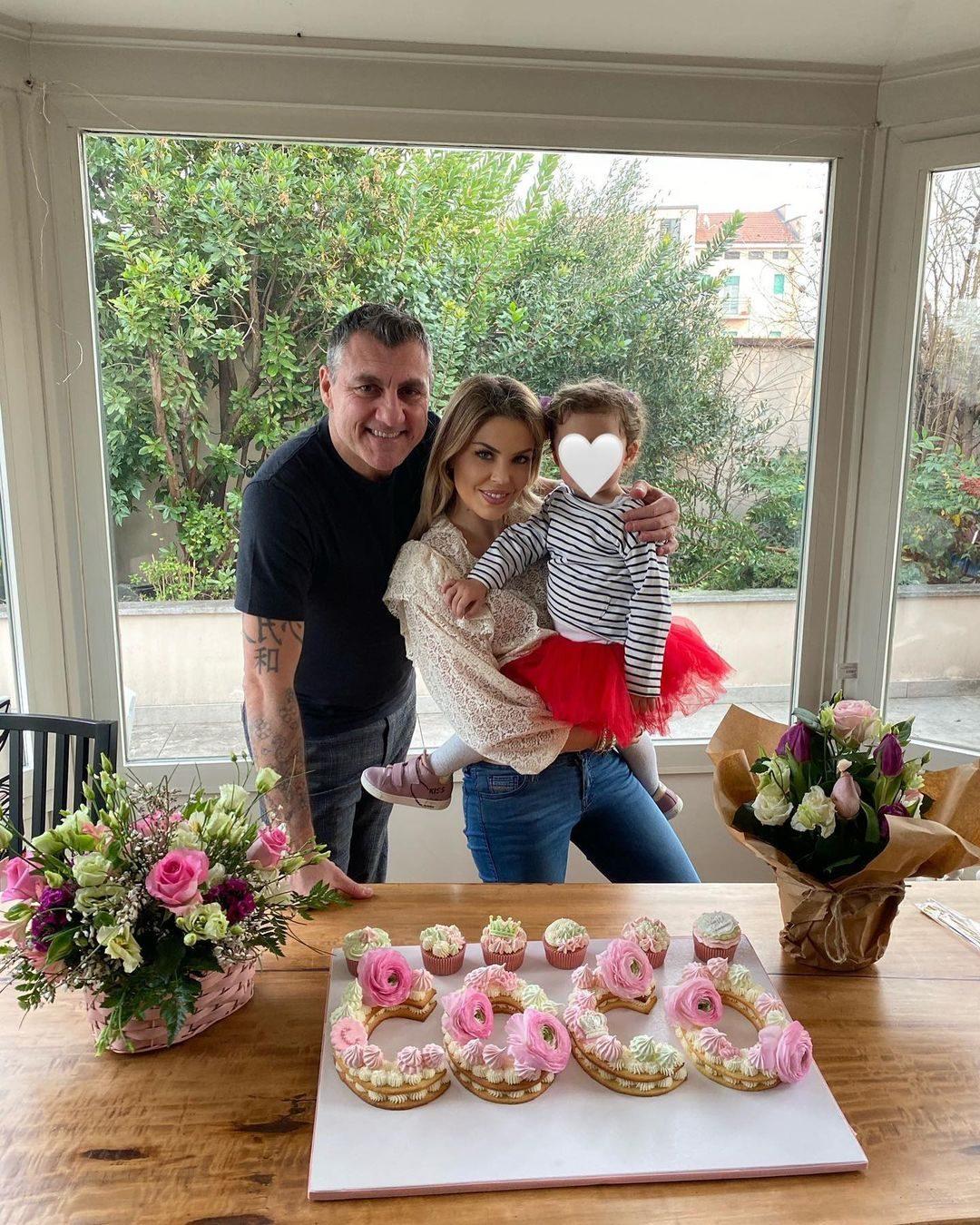 Costanza con Bobo Vieri e la figlia Stella