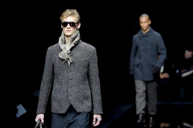 La sfilata di Giorgio Armani durante la Milano Fashion Week maschile del 2020