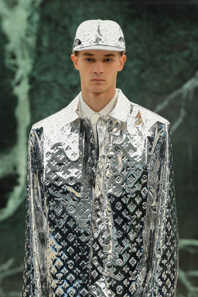 Trench metalizzato Louis Vuitton
