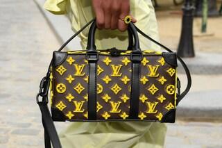 Louis Vuitton aumenta i prezzi delle borse: nel listino rincari anche del 25%