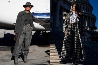 Jennifer Lopez all'Inauguration Day, dal grigio al pied de poule: i look maschili della popstar